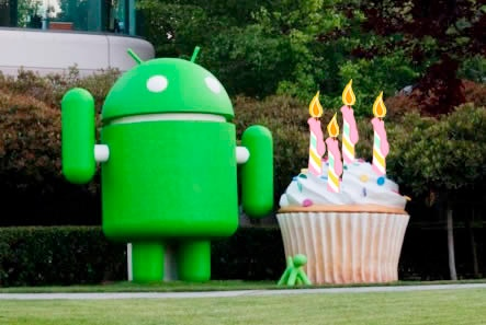 http://www.techjailbreak.com/wp-content/uploads/2012/10/Android-4th-Birthday.jpg